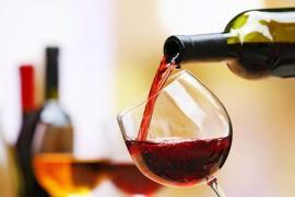 Điều gì xảy ra với cơ thể nếu uống một ly rượu mỗi ngày?