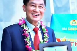 """Chủ tịch IPPG – Ông Johnathan Hạnh Nguyễn được vinh danh tại Giải thưởng """"Vinh Quang Việt Nam"""""""