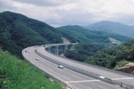 Nâng tốc độ cao tốc Hạ Long – Vân Đồn lên 100km/h