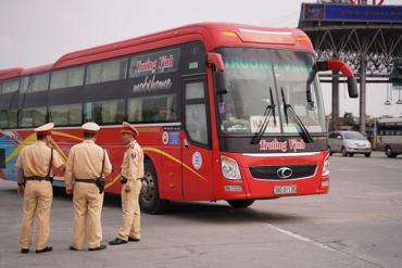 CSGT cả nước ra quân tổng kiểm tra các loại phương tiện trên đường trong 1 tháng